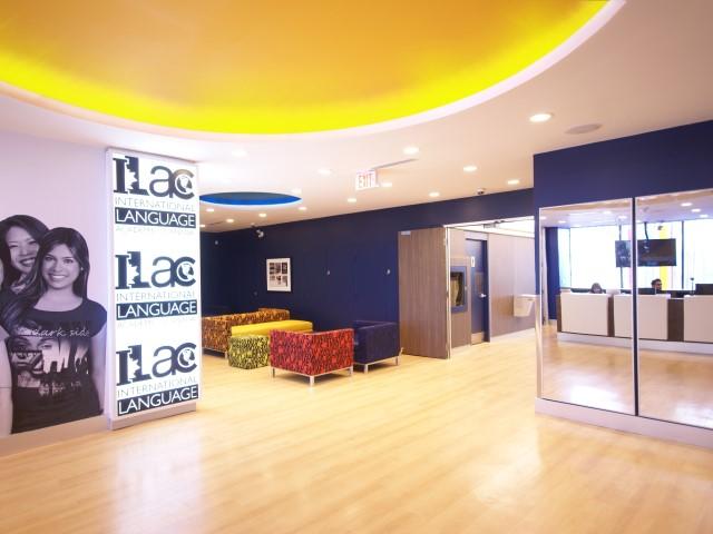 ILAC(アイラック)トロント校1